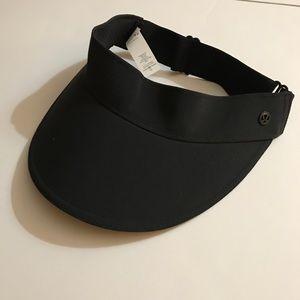 Lululemon Fast Paced Run visor - Black - new